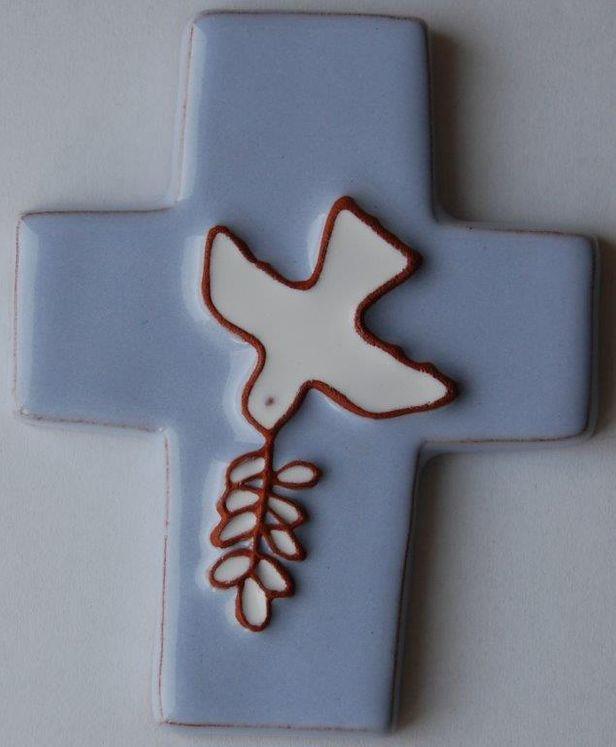 Croix céramique Coloris bleu clair Colombe et rameau 8.5 x 10.5 cm