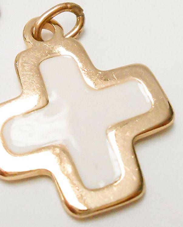 Croix pendentif métal doré, émaillée blanc carrée - 27 x 21 mm